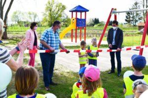 Schöner spielen im Grünen! Neuer Spielplatz in Aspenstedt