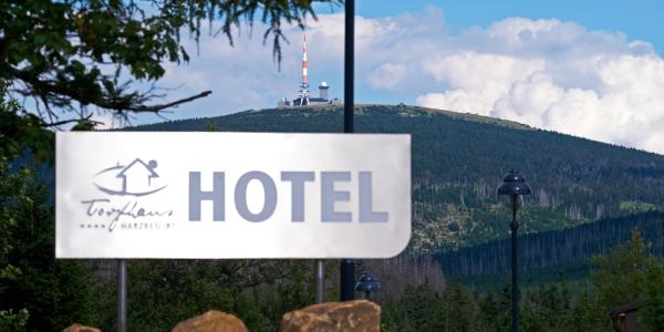 hotelschild torfhaus hotel