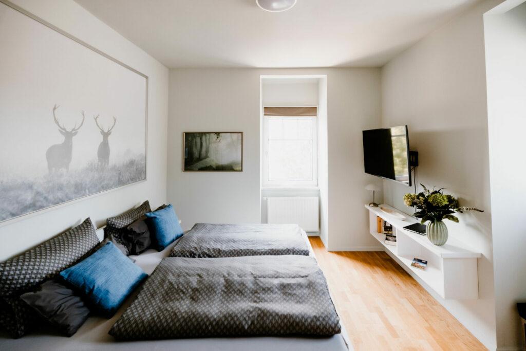 """Blick ins Schlafzimmer der Ferienwohnung """"Traumzeit"""""""